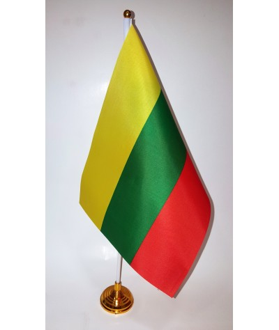 Lietuvos vėliavėlė pastatoma